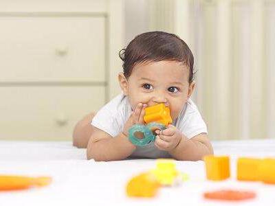 关于正确挑选儿童玩具的四个标准