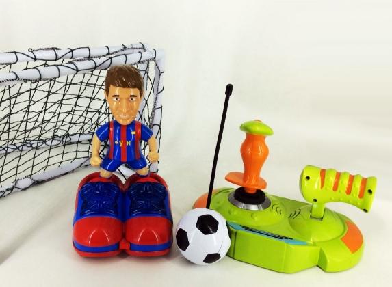 骏意设计·遥控足球赛场游戏玩具案例