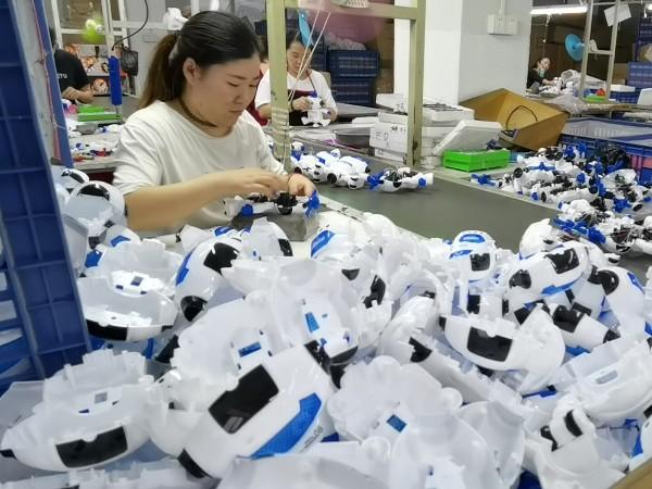塑料玩具定制费用无法衡量一个产品的价值