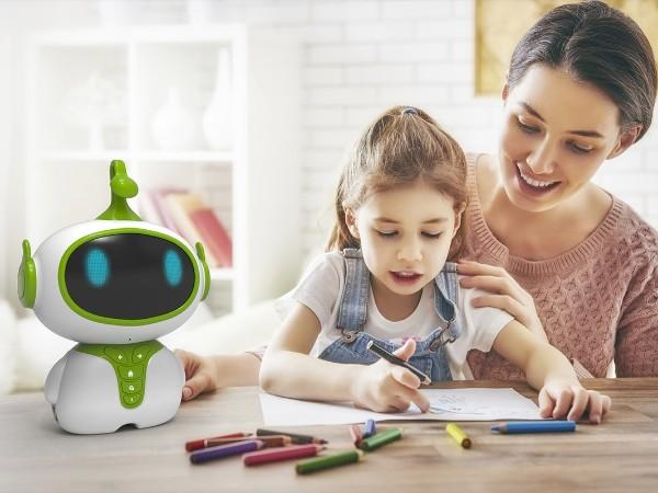 智能玩具设计融入科技元素和交互体验,为玩具厂商带来巨大经济效益