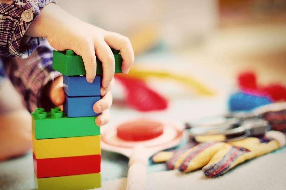 儿童益智玩具需求