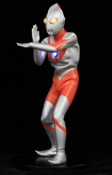 奥特曼模型3