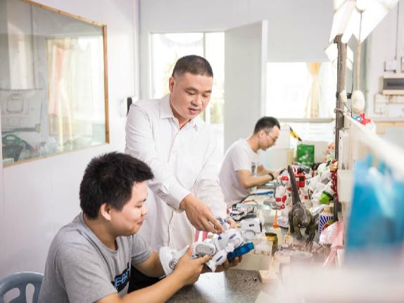 在澄海超过一半的玩具厂家找他们做手板,这是为什么?