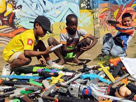玩具企业注意!哥伦比亚制作新玩具标准